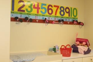 howard baby room