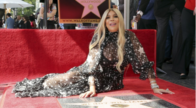 Wendy Williams tears up during Hollywood Star ceremony